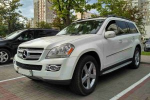Mercedes GL body W164 white